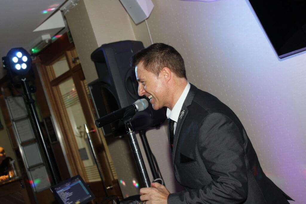 Dinner Dance - Andy Wilsher Sings